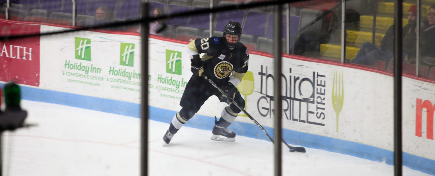 Lumberjacks get lots of shots, and just enough goals, to beat Central Illinois 2-1