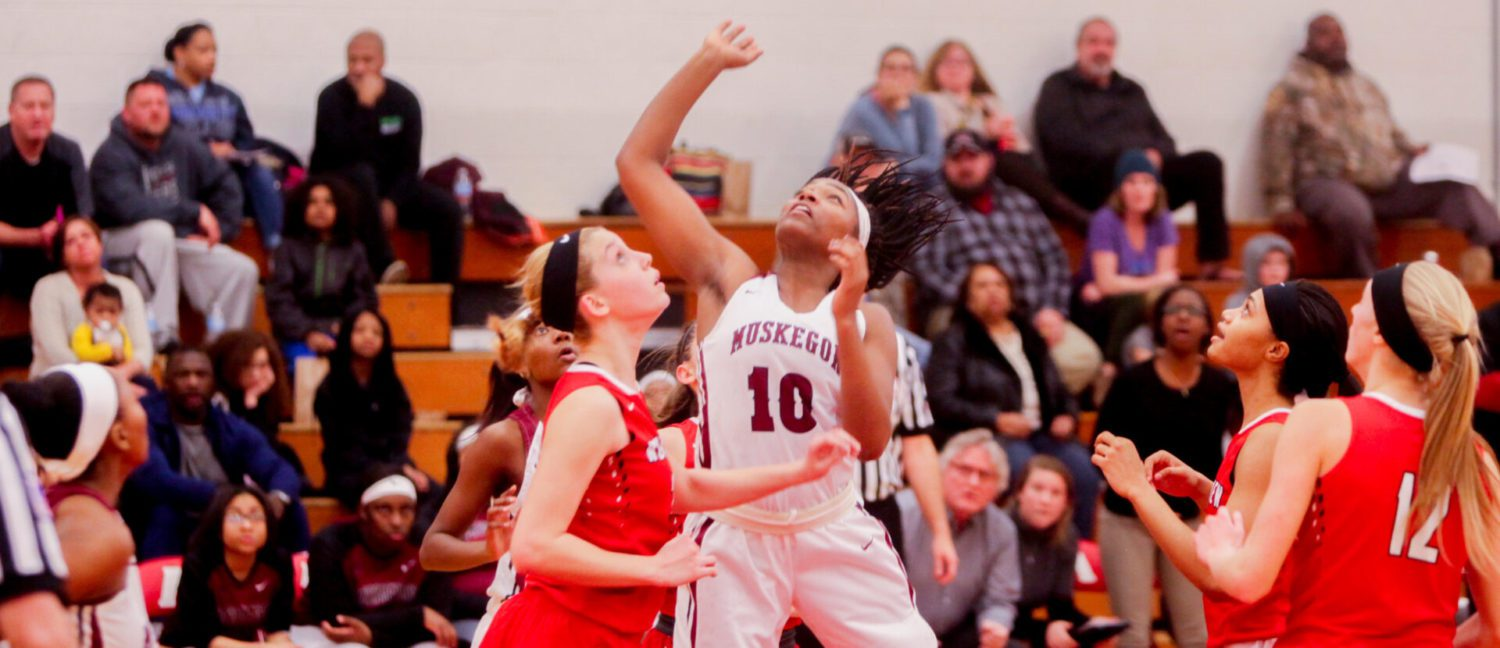 Freshman Kailyn Nash catches fire, leading Big Red girls to a district victory