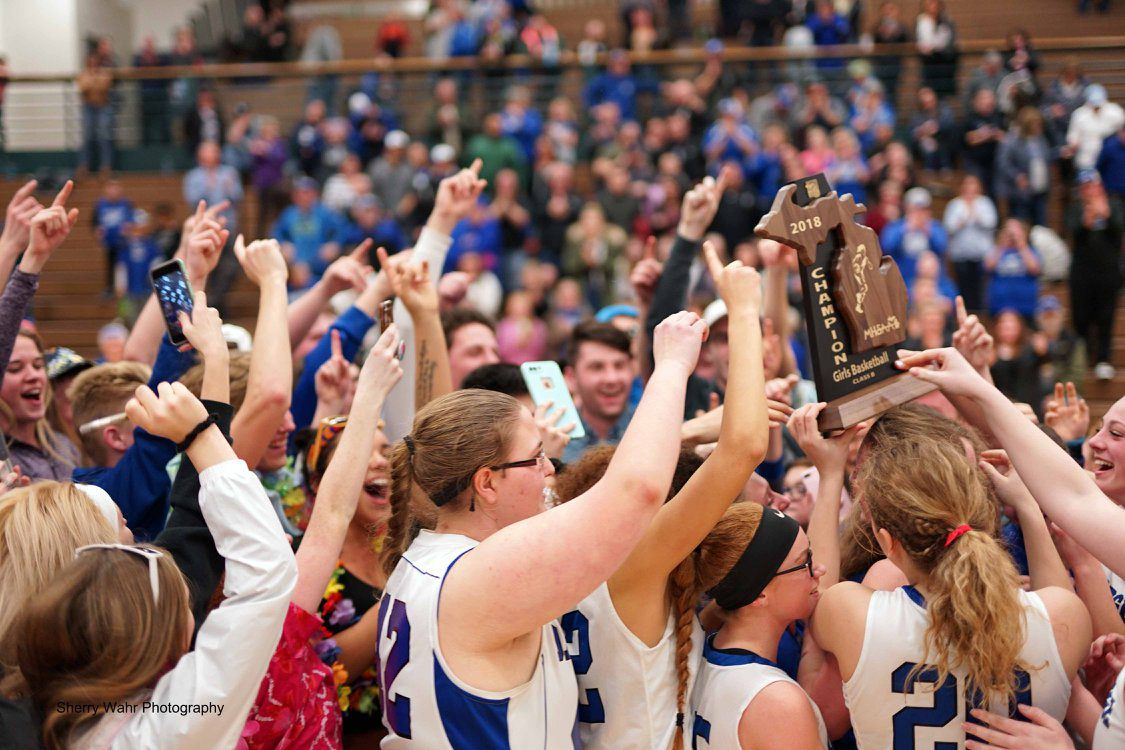 Oakridge girls beat South Christian in overtime to claim first regional title since 1992