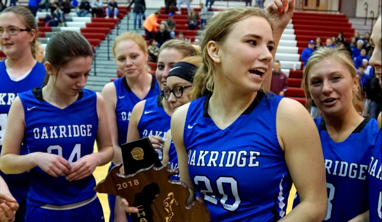 Oakridge girls basketball team plows its way to third consecutive district championship