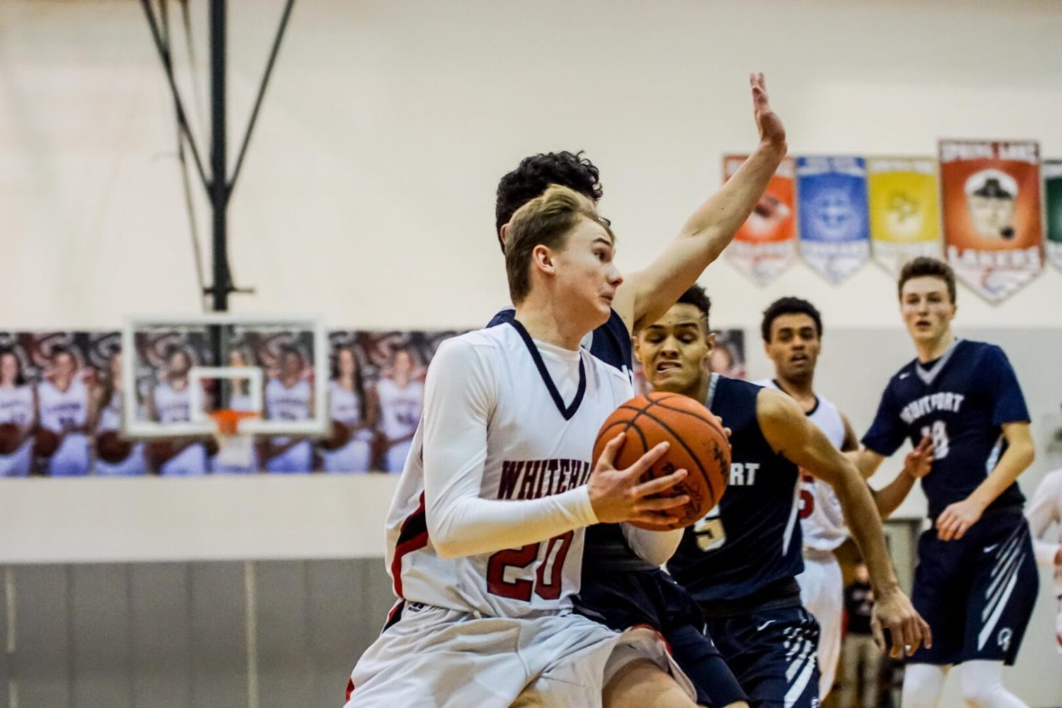 Whitehall boys hold off Fruitport 47-37 in quarterfinal round of Class B districts