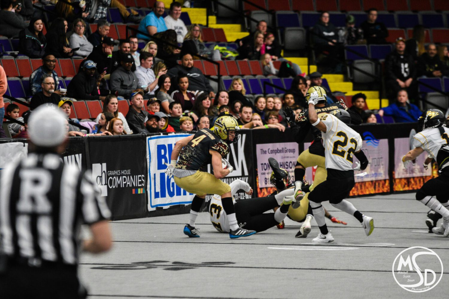 Ironmen build a big early lead, claim a 68-41 victory over the Chicago Blitz