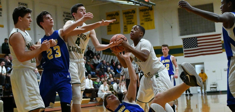 Muskegon Catholic boys basketball team advance to district finals, beats Fruitport Calvary
