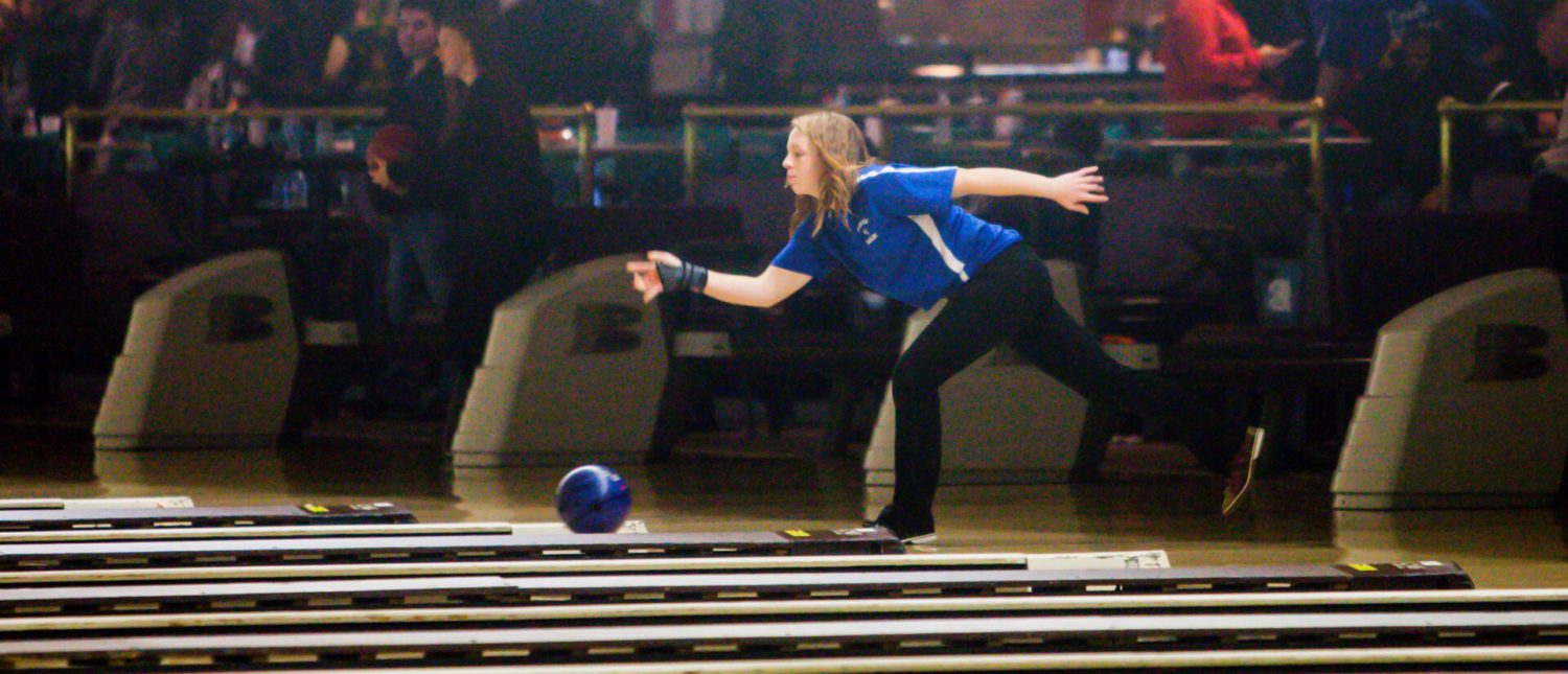 Oakridge girls bowling team rises up and takes second place in Division 3 state finals