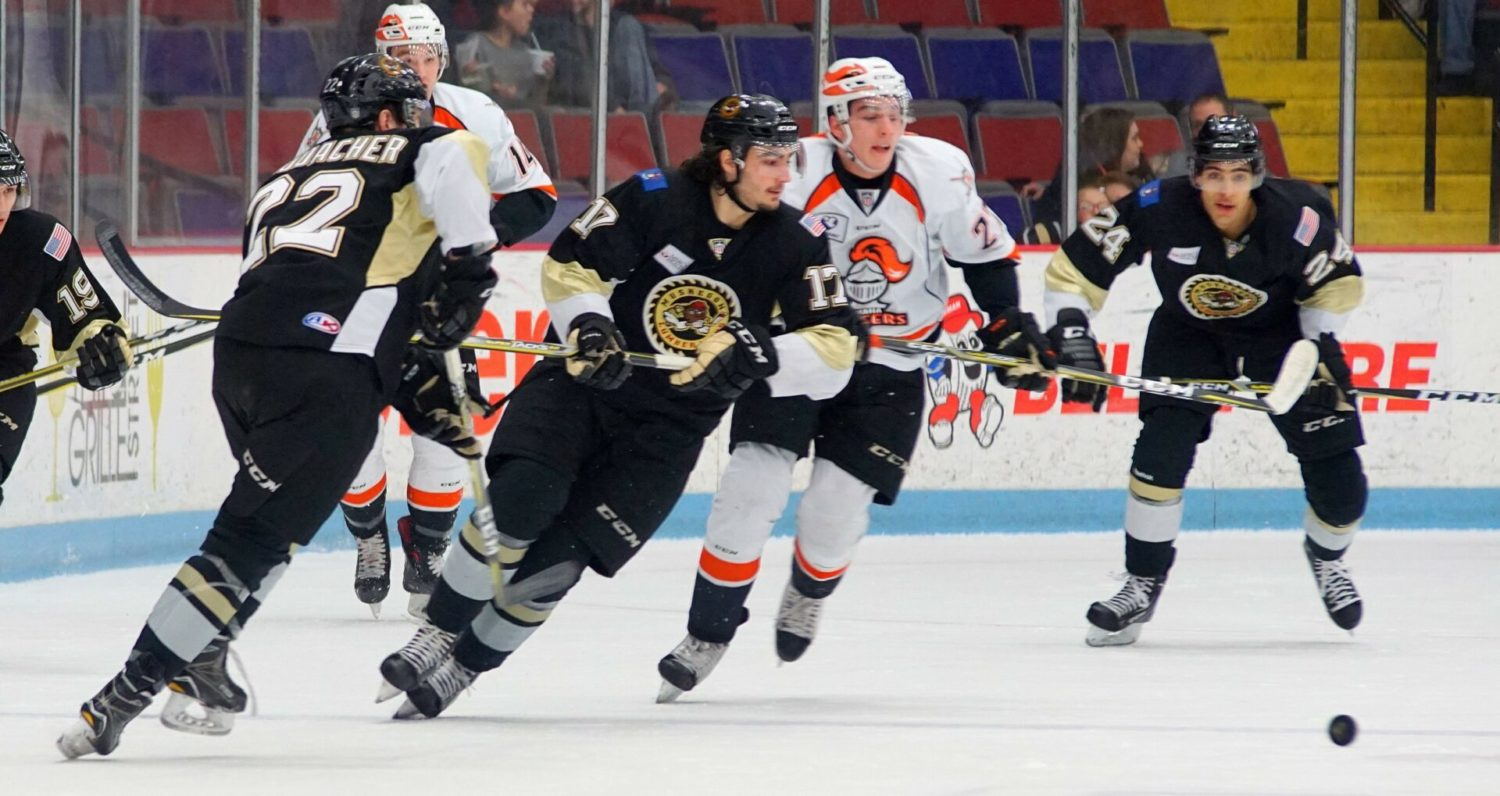 Lumberjacks fall to Omaha, but are still within a win of clinching a playoff spot