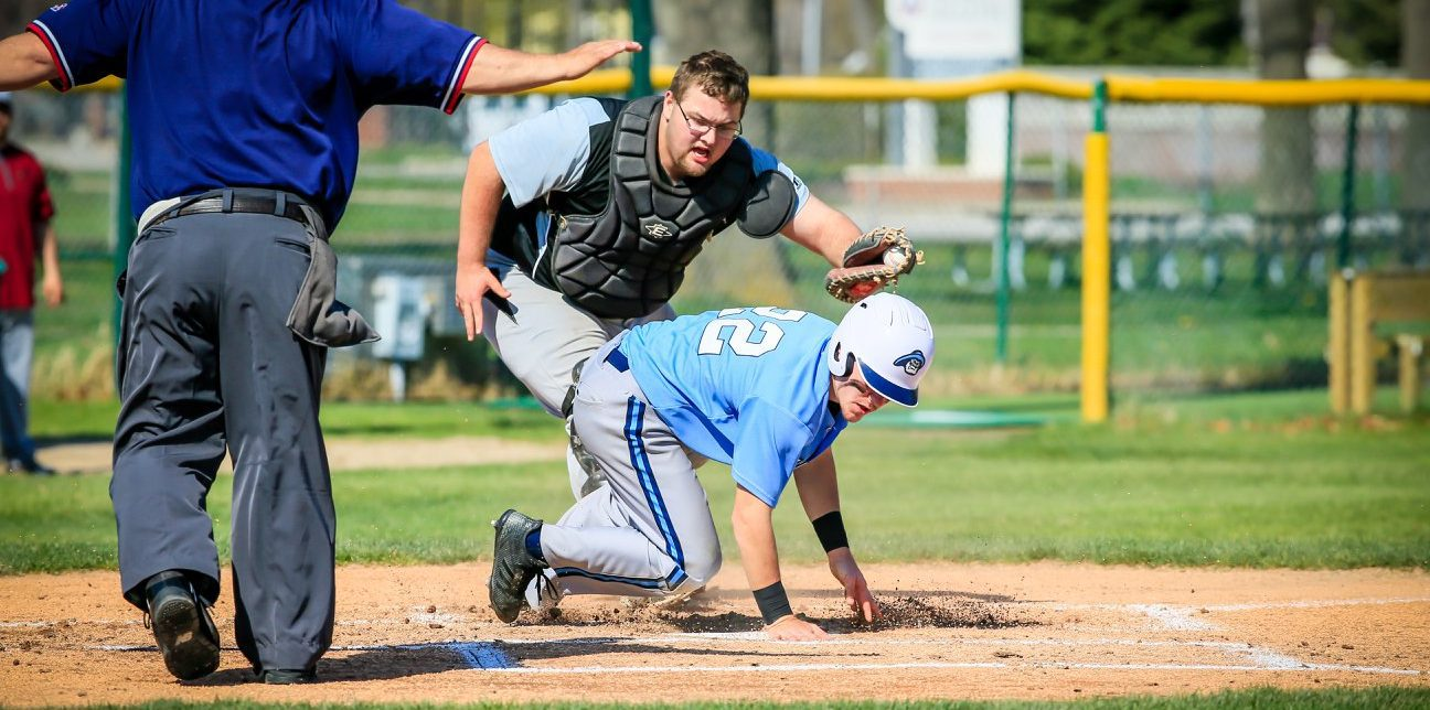 Mona Shores baseball team beats OV in a thriller, reclaims Tier 1 GMAA championship