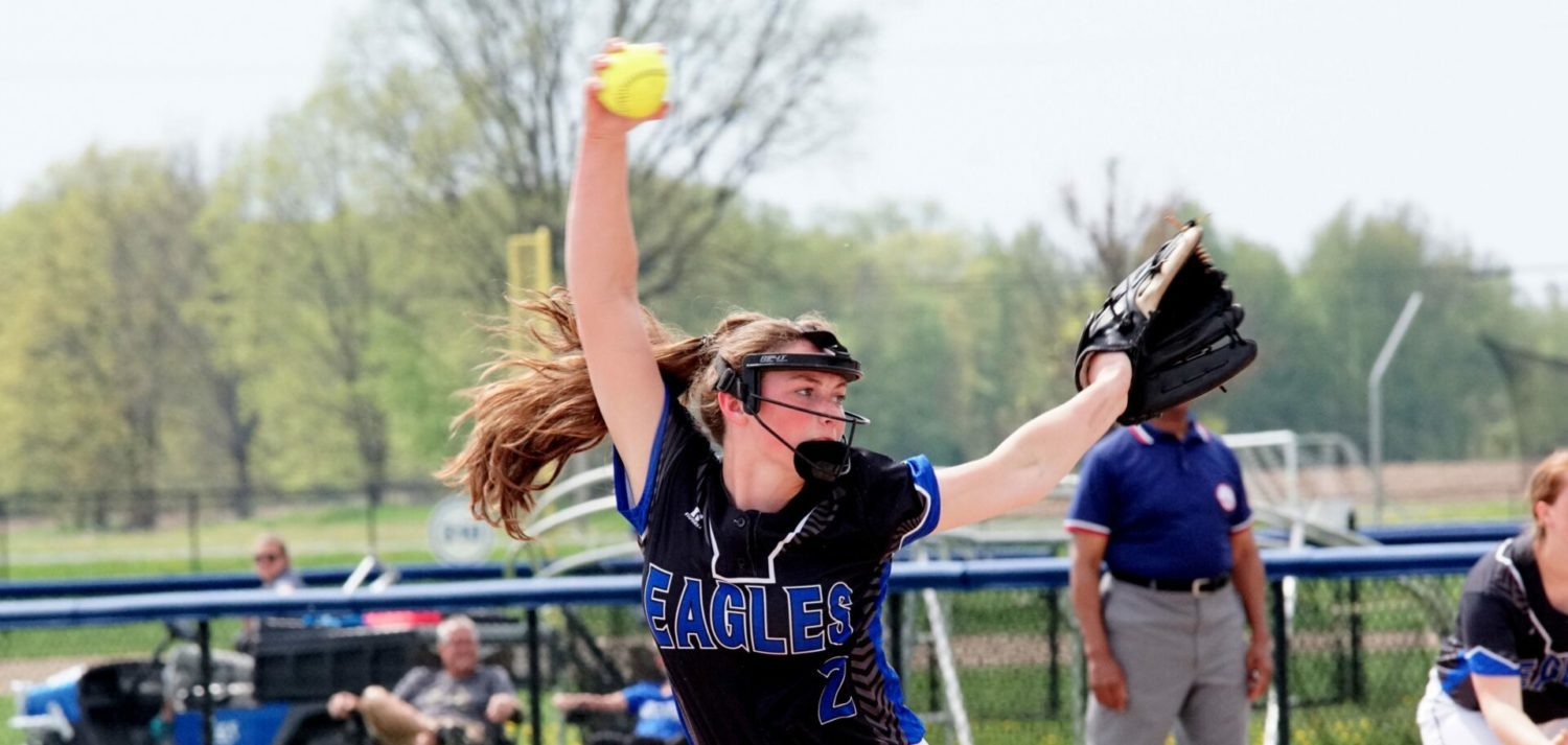 Fessenden pitches a gem, helping Oakridge clinch at least a tie for league softball title