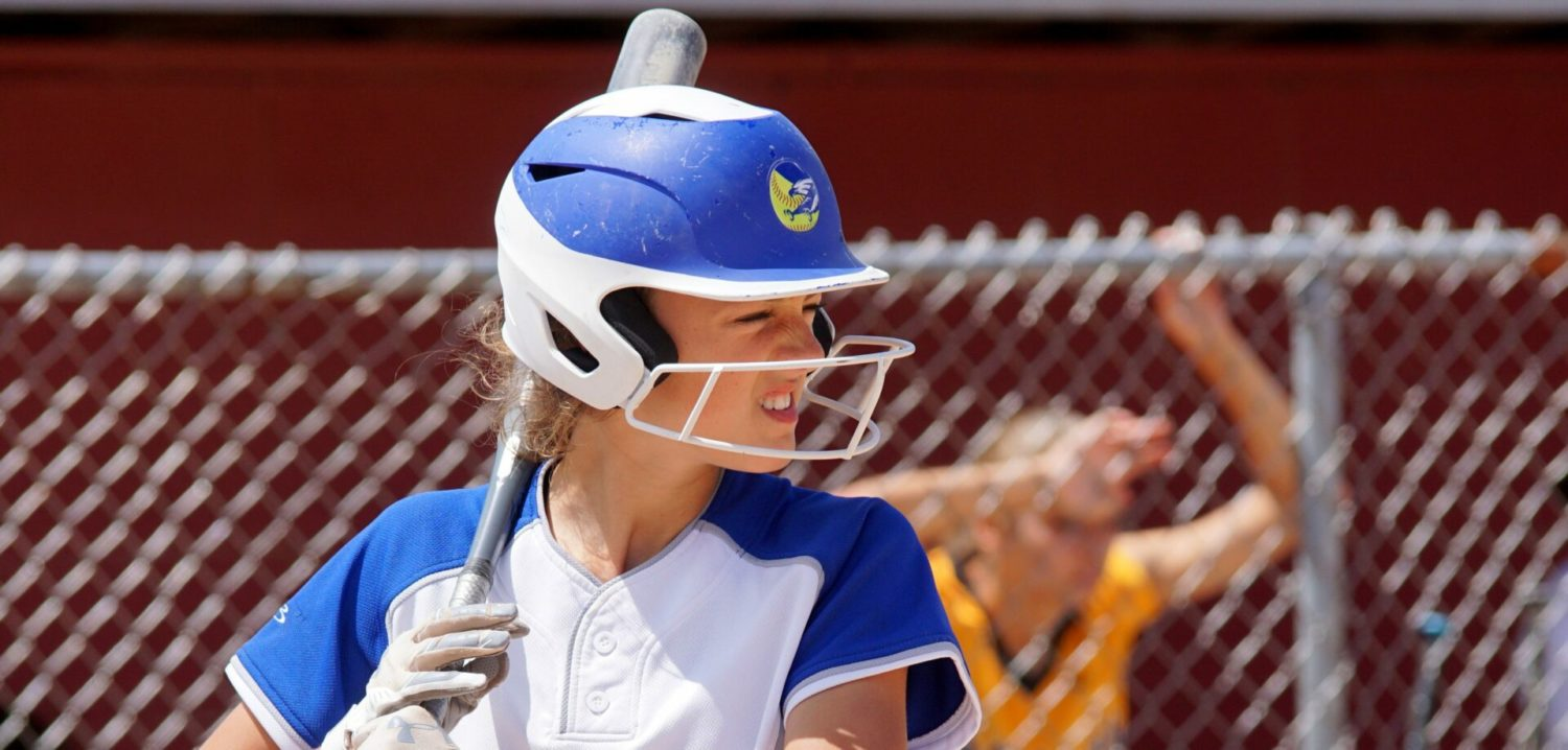 Oakridge softball team sneaks past OV, blasts Tri-County, wins another district title