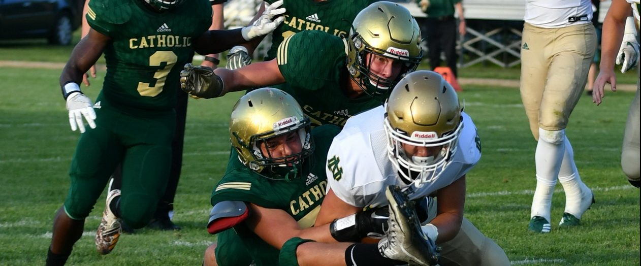 Turnovers doom Crusaders in a 21-7 home loss to Pontiac Notre Dame Prep