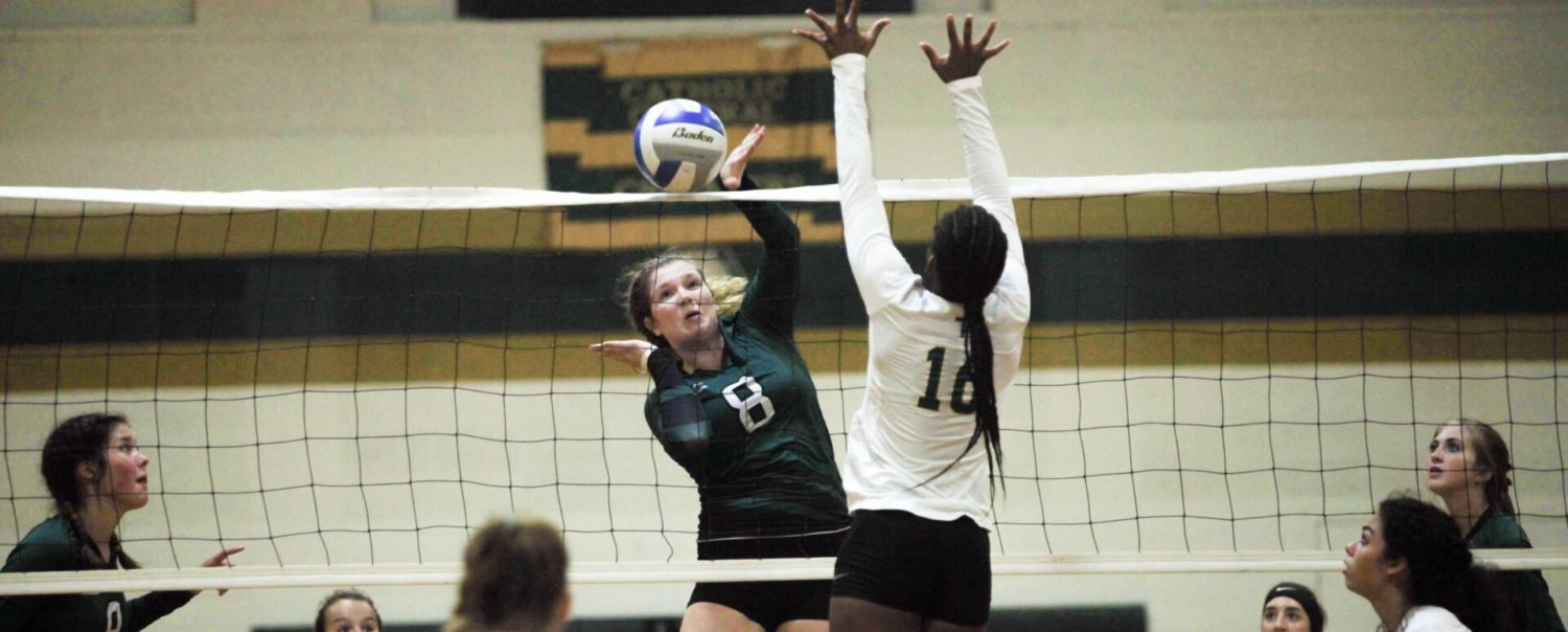 Young WMC volleyball squad looks like a veteran team in 3-set sweep of MCC