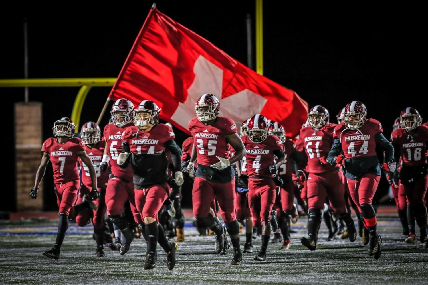 Big Reds continuing push for first back-to-back state football titles in program history [VIDEO]