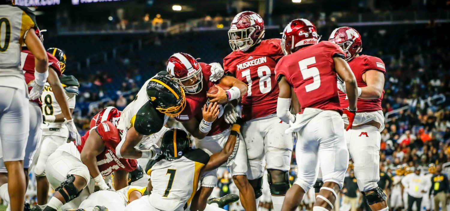 Big Reds keep pace for three quarters, but drop Division 3 state title game to Detroit King