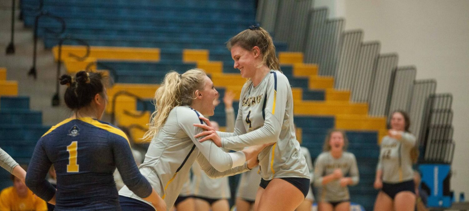 Grand Haven volleyball breaks through against Caledonia, wins regional match