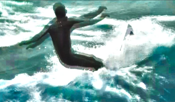 [VIDEO] Lake Michigan delivers surf to Grand Haven and Muskegon on Wednesday