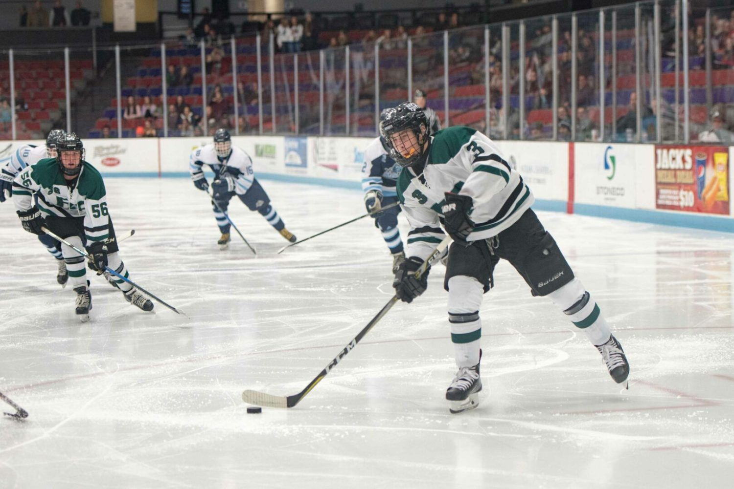 (PHOTO GALLERY) Nolan Convertini nets hat trick in Reeths-Puffer hockey win over Mona Shores