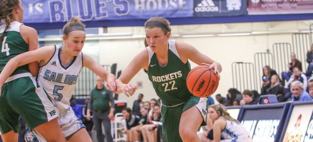 Reeths-Puffer girls pick up the pace after halftime, down rival Mona Shores 43-29