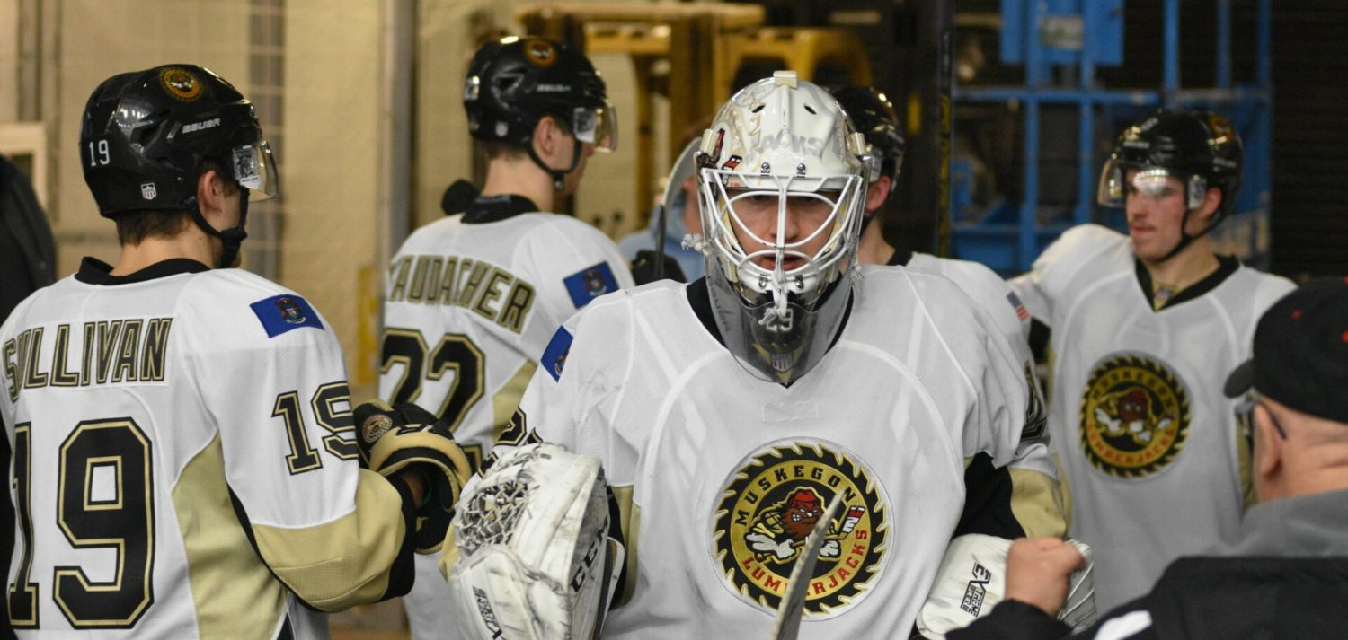 Muskegon Lumberjacks close out 2018 with shutout win over Chicago on New Year's Eve