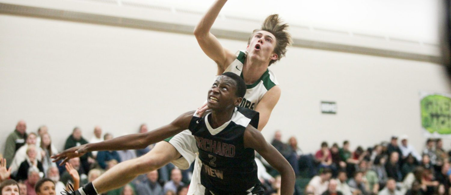 Western Michigan Christian hands Orchard View boys first loss of the season