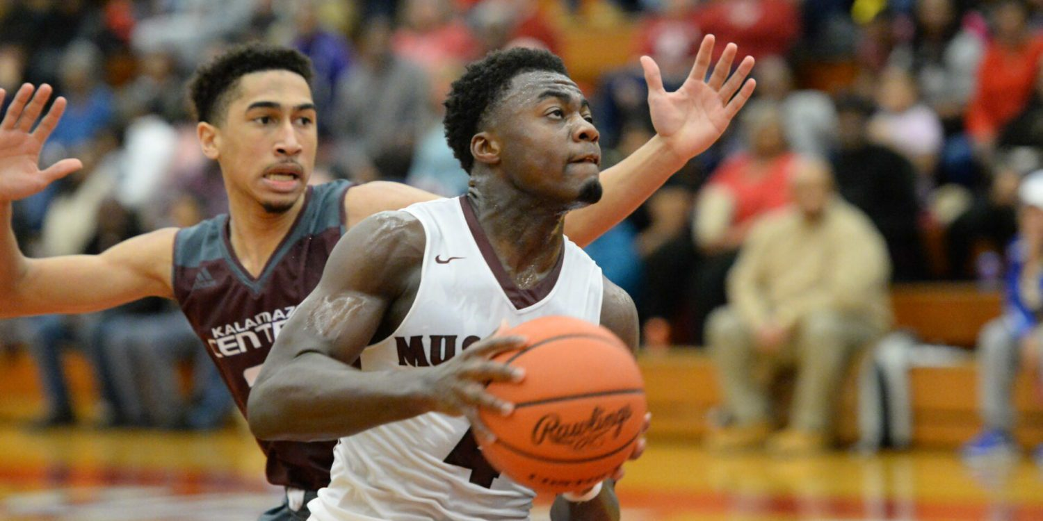 Muskegon Big Red boys beat Kalamazoo Central 66-59 in a home game on Saturday