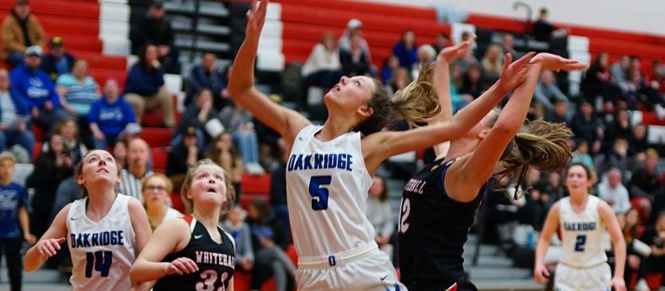 Pastor's 21 points lead Oakridge to a big 50-42 win over Whitehall in district opener
