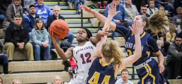 Alexander, Dowell provide enough offense to propel Muskegon girls past Grand Haven, 52-47