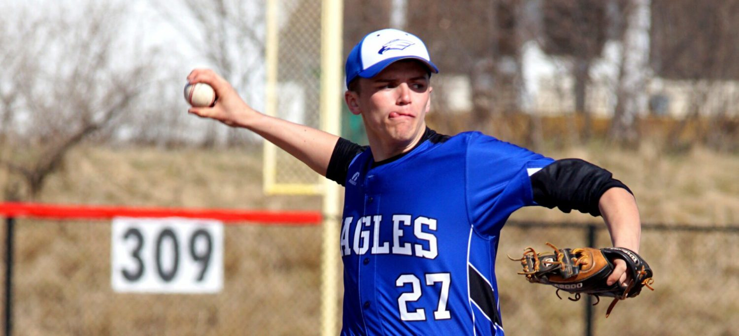 Oakridge bats come to life in a 10-3, 12-1 baseball doubleheader sweep of Whitehall