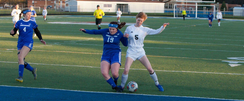 Powerful North Muskegon girls soccer team handles Oakridge in league play, 8-0