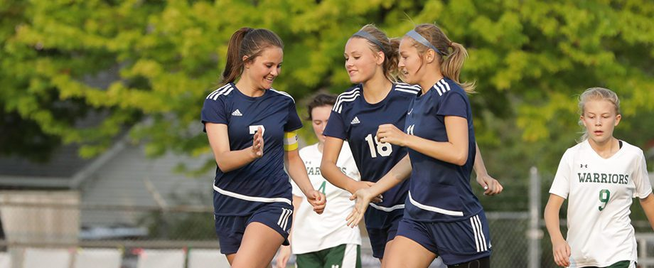 North Muskegon beats WMC 5-0 in girls soccer district finals, heads for regionals