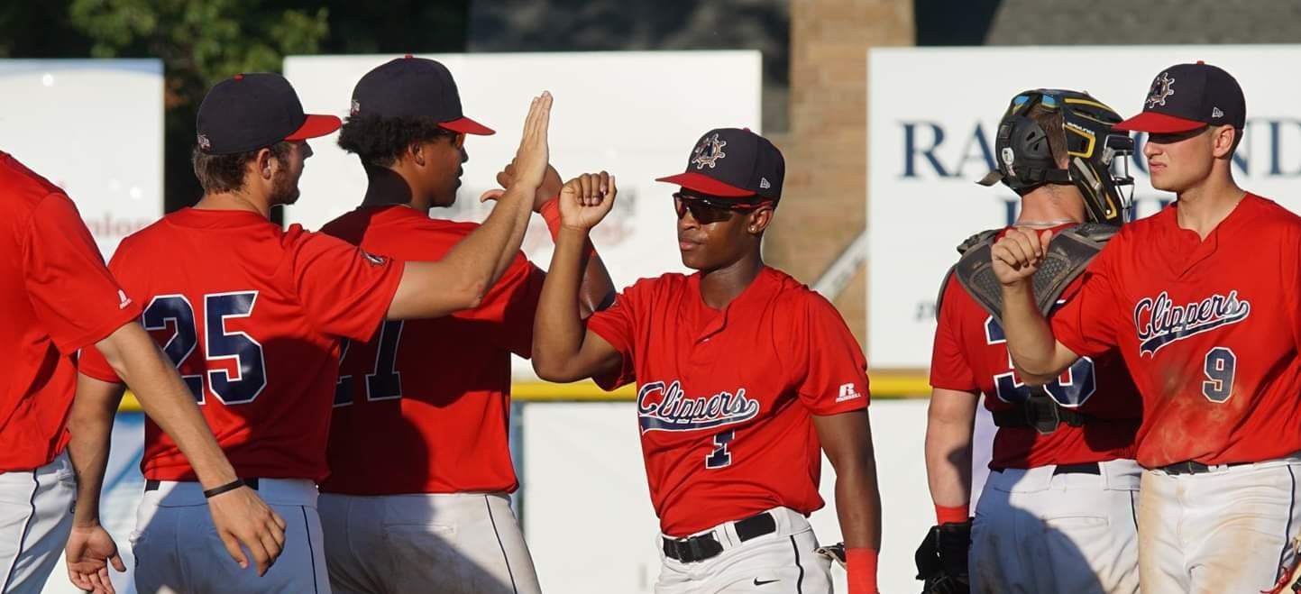 Clippers win one, lose one in high-scoring doubleheader on Wednesday at Marsh Field