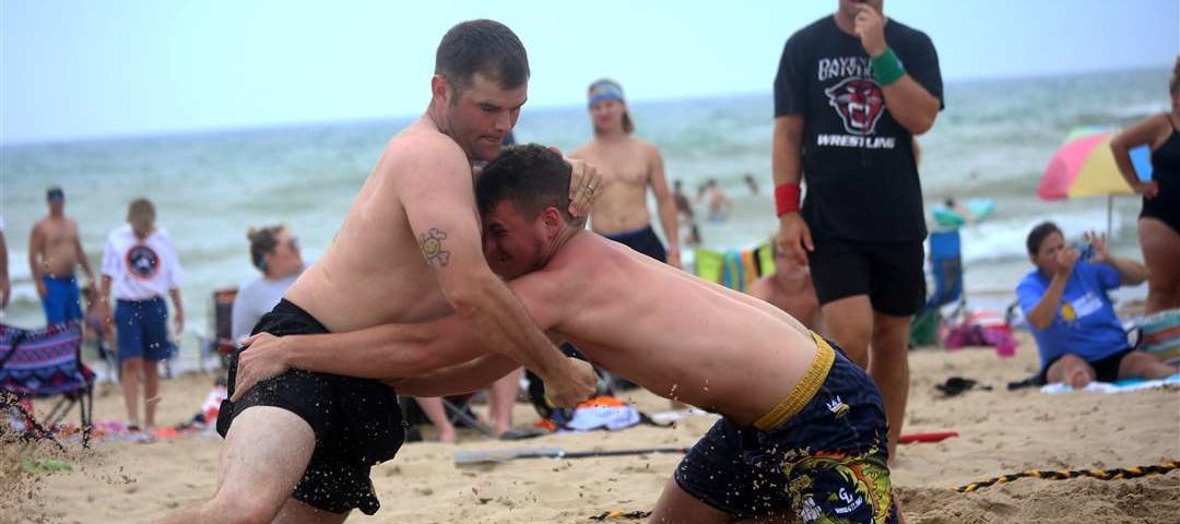 [VIDEO] Highlights from Beast of the Beach wrestling event in Grand Haven