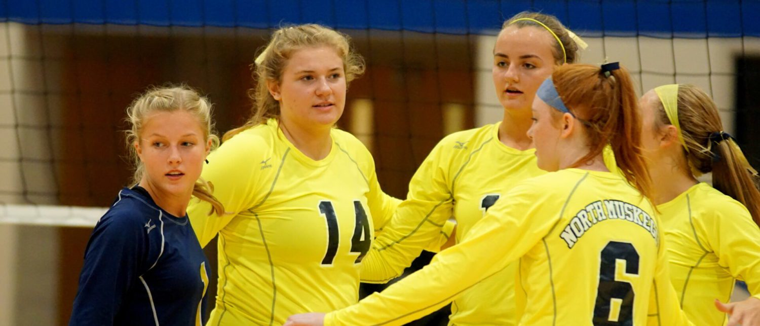 Norse volleyball team proves its still pretty good with a five-set win over Oakridge