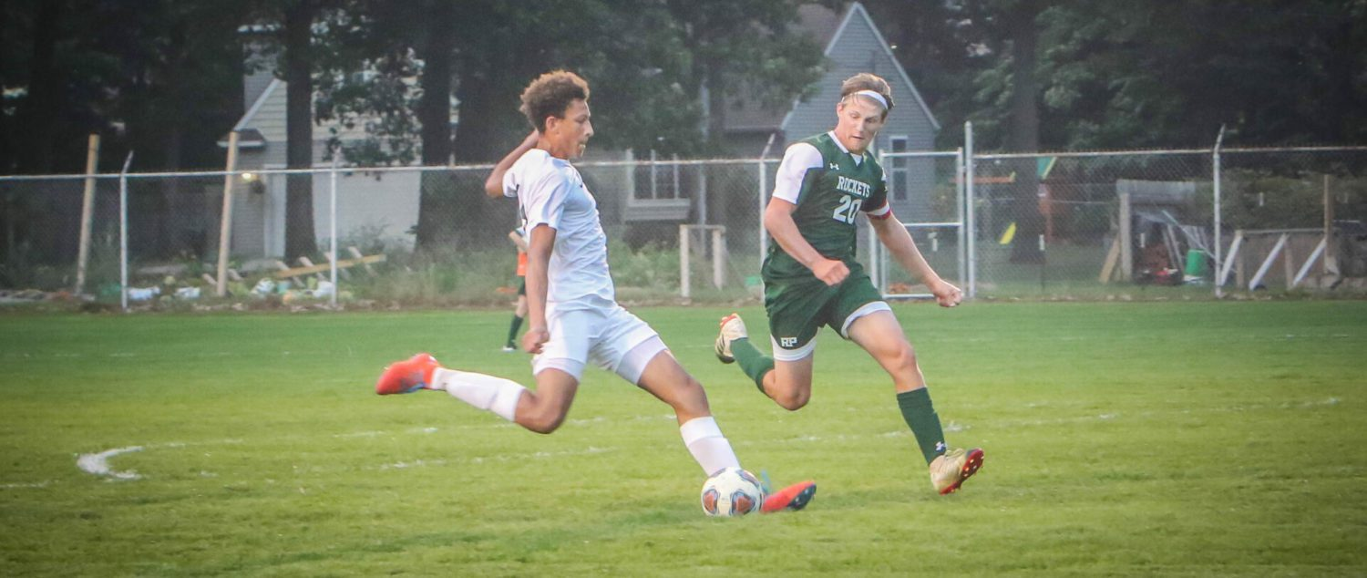 Yaros scores first and last goal in Mona Shores' 3-2 soccer victory over Reeths-Puffer