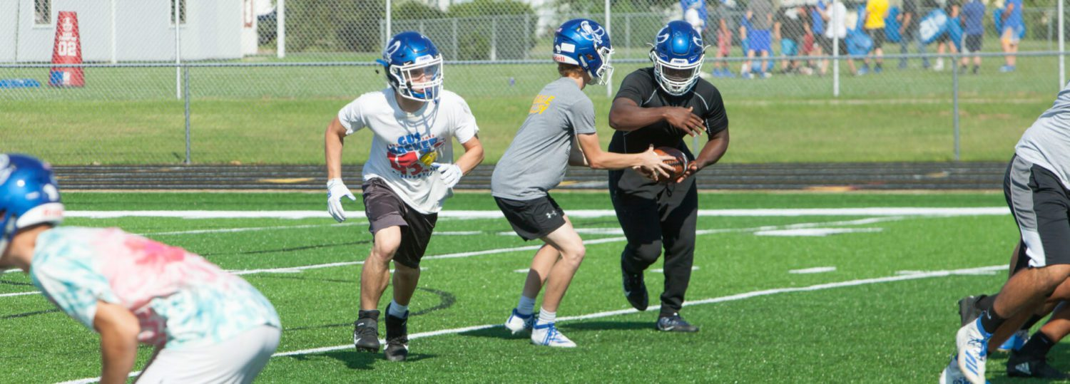 Sophomore Vanderputte combining with Quinn, keeping Oakridge ground attack strong