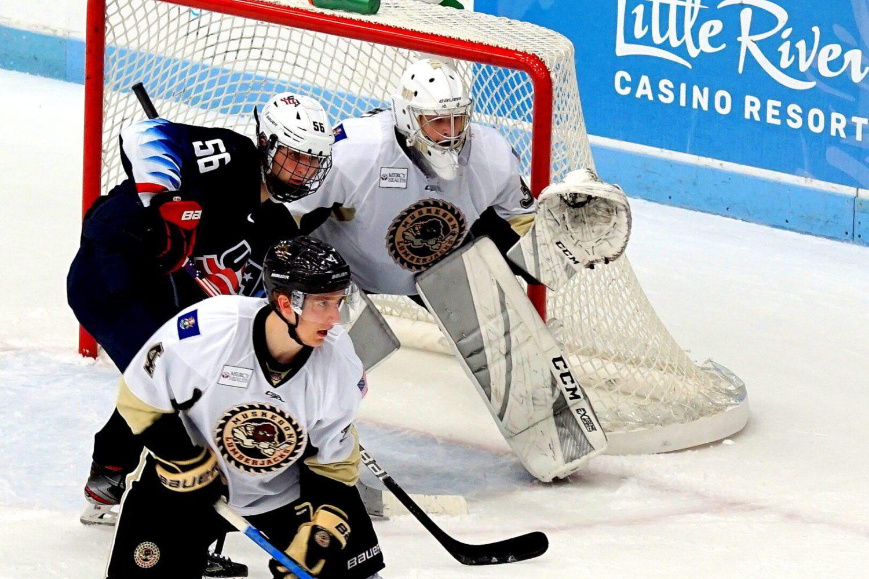 Lumberjacks continue turnaround weekend with a 7-4 victory in season home opener