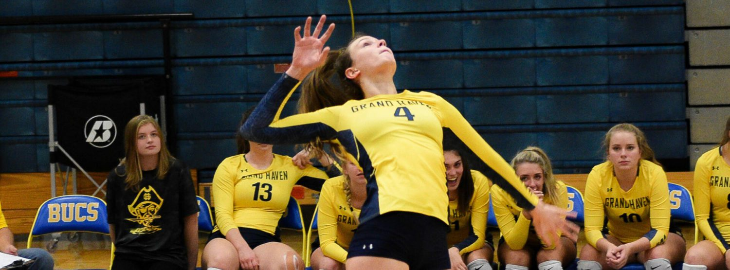 Grand Haven volleyball team cruises past R-P, wins 13th straight district championship