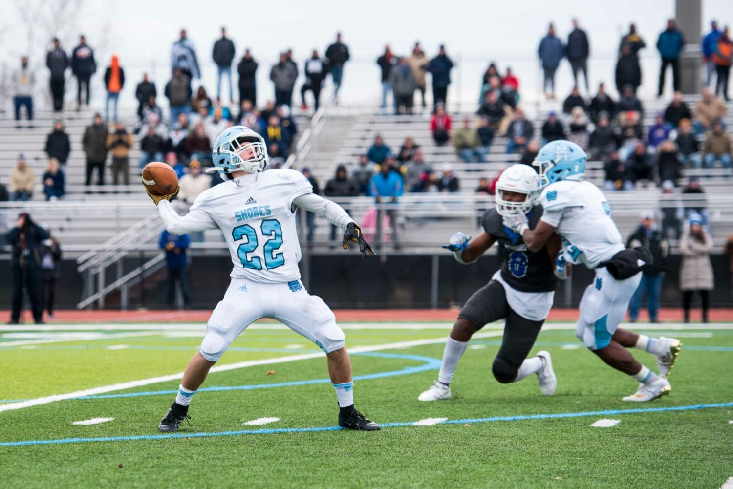 Rose steps in as QB, leads Mona Shores to a wild  57-56 state semifinal victory
