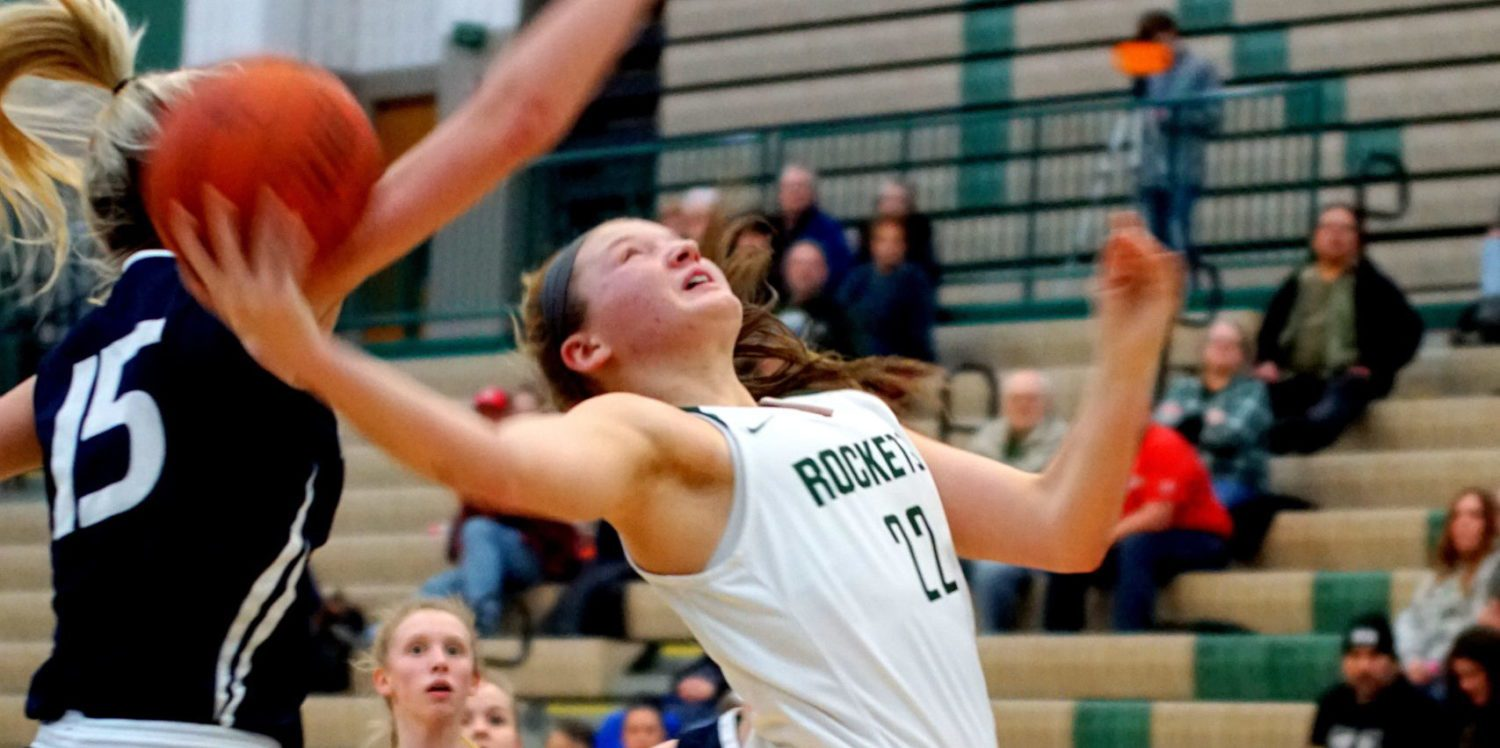 Reeths-Puffer girls rebound from loss to Big Reds by pounding Fruitport 76-31