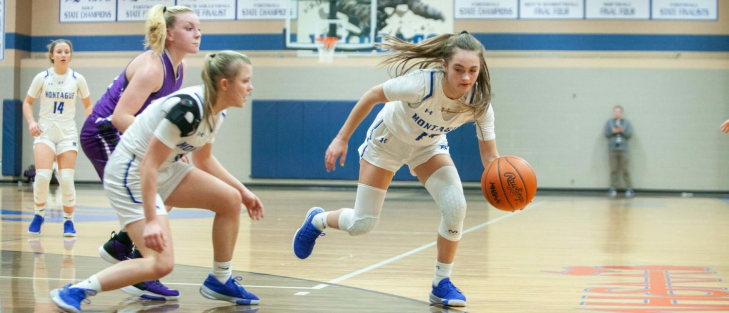 Montague girls hold off Shelby, remain tied for first place in West Michigan Conference
