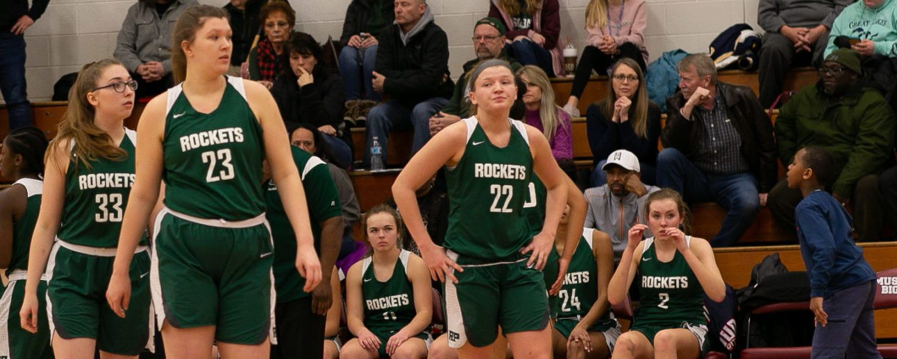 Reeths-Puffer girls gain revenge, win seventh straight, with a 60-41 victory over Muskegon