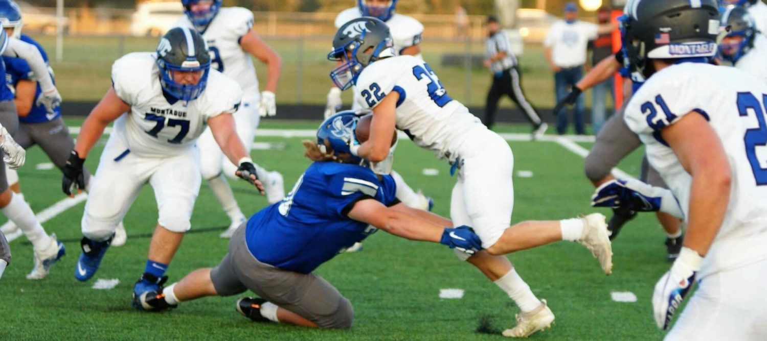 Montague standout RB Dylan Everett will be back on the field this season, despite scary knee injury