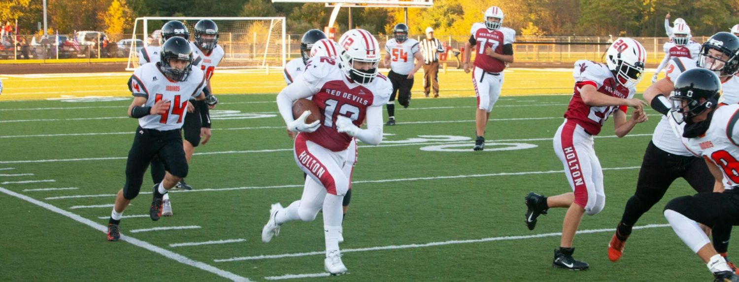 Holton begins season with strong 15-7 victory over White Cloud