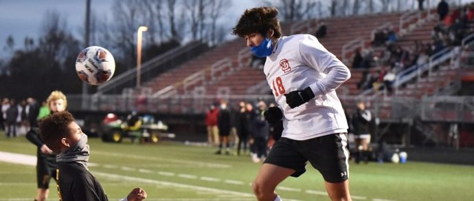 Spring Lake soccer team battles to the end, but falls 2-1 to East Grand Rapids in D2 regional finals