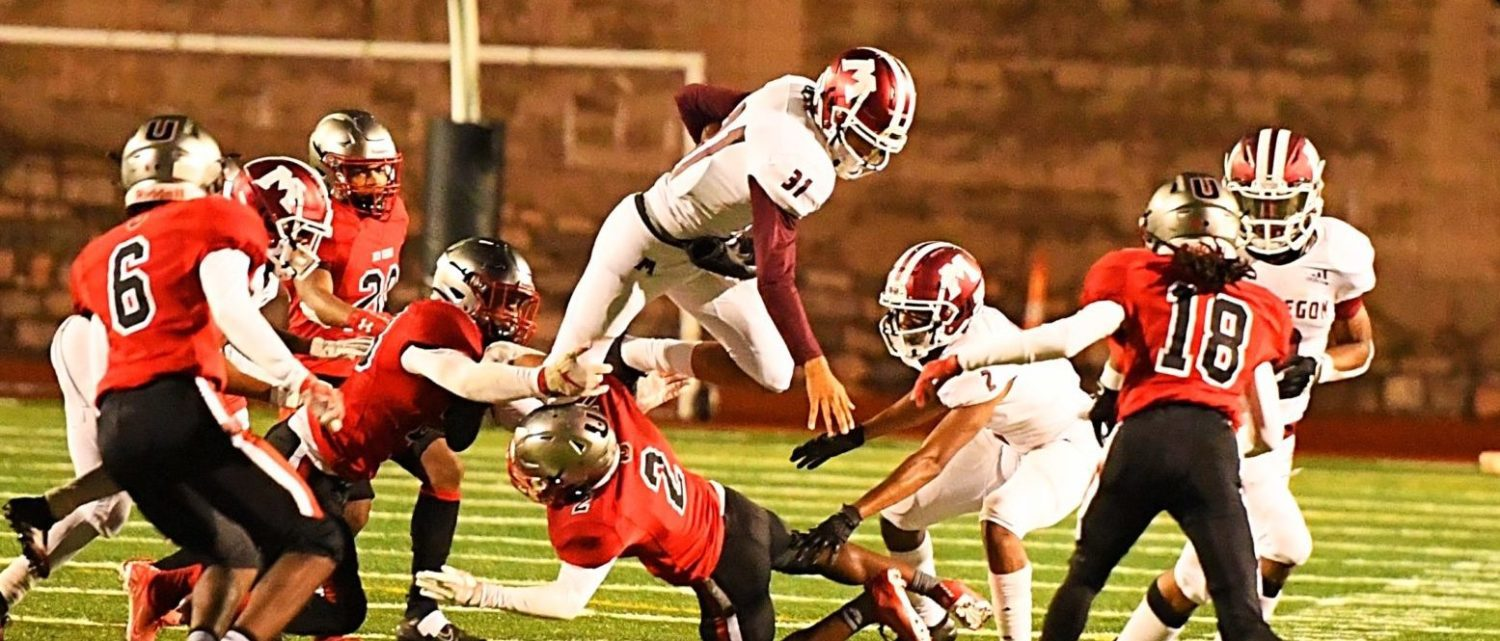Big Reds run away from Union after tight first quarter, win 56-14 to close season