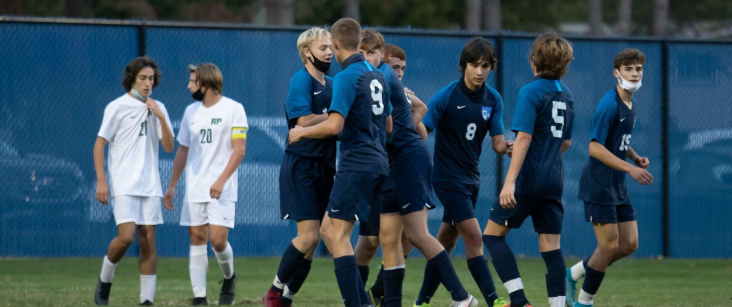 Mona Shores soccer team beats Reeths-Puffer 2-0 in first round of O-K Green conference tournament