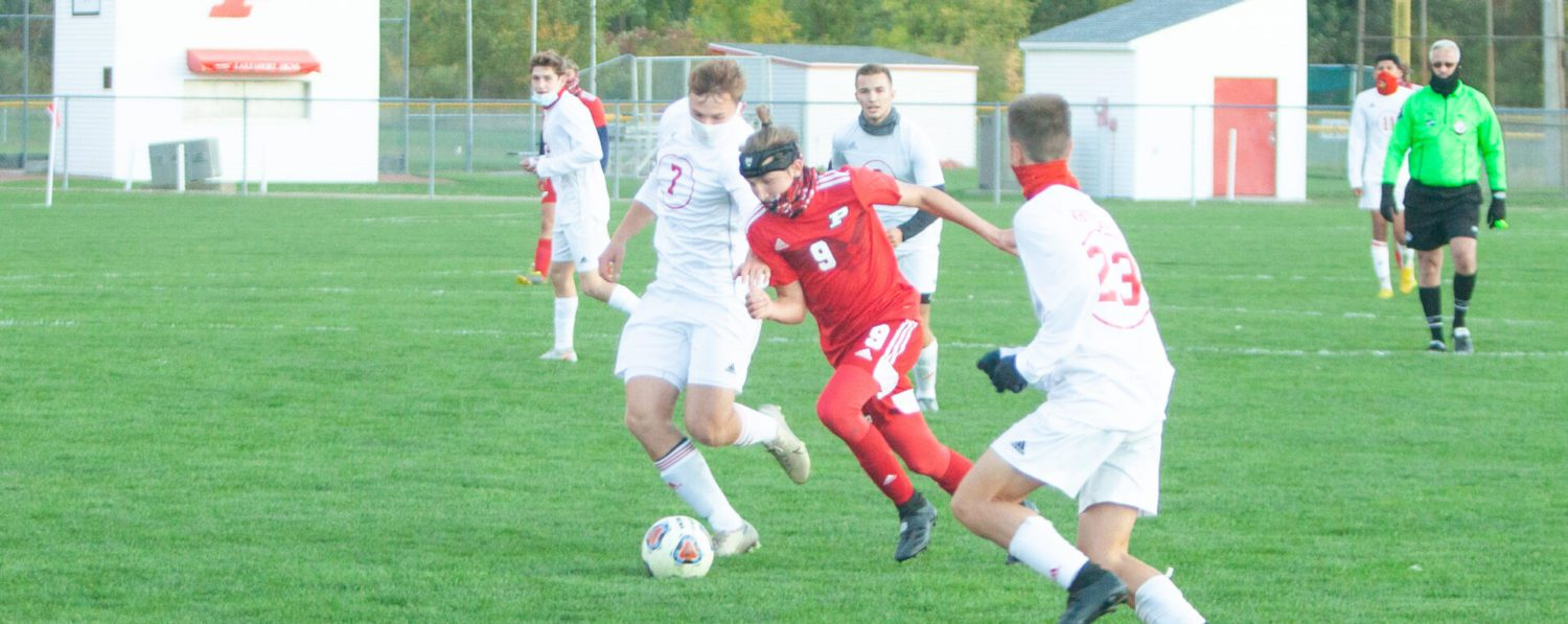 Fremont, Whitehall battle to a 1-1 draw in a showdown of two of the area's best soccer teams