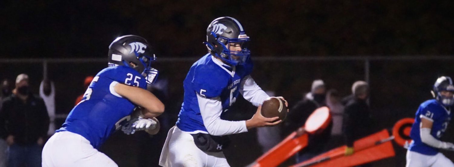 Kooi's dramatic field goals give Montague a stunning 34-31 win over Whitehall in conference showdown