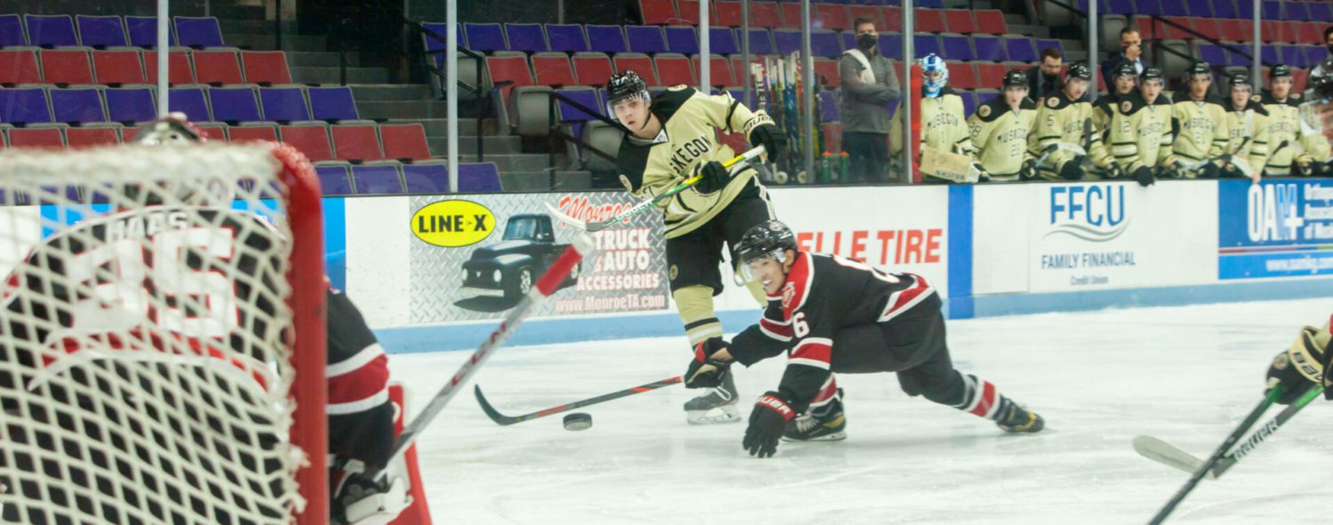 Lumberjacks battle back against powerful Chicago in home opener, but get burned by two late goals in a 6-5 loss