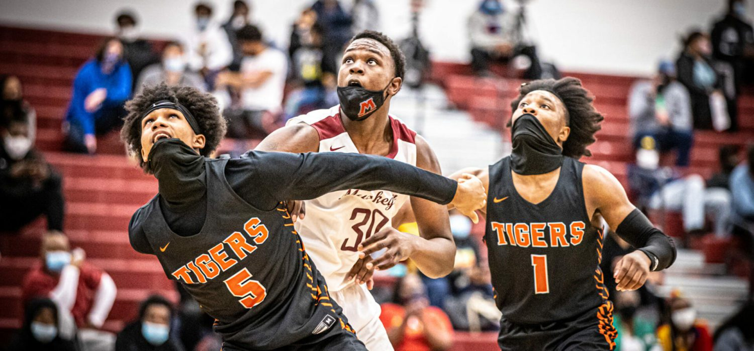 Big Red boys battle back from a big deficit, only to lose to Benton Harbor 69-66 on a buzzer-beating three-pointer