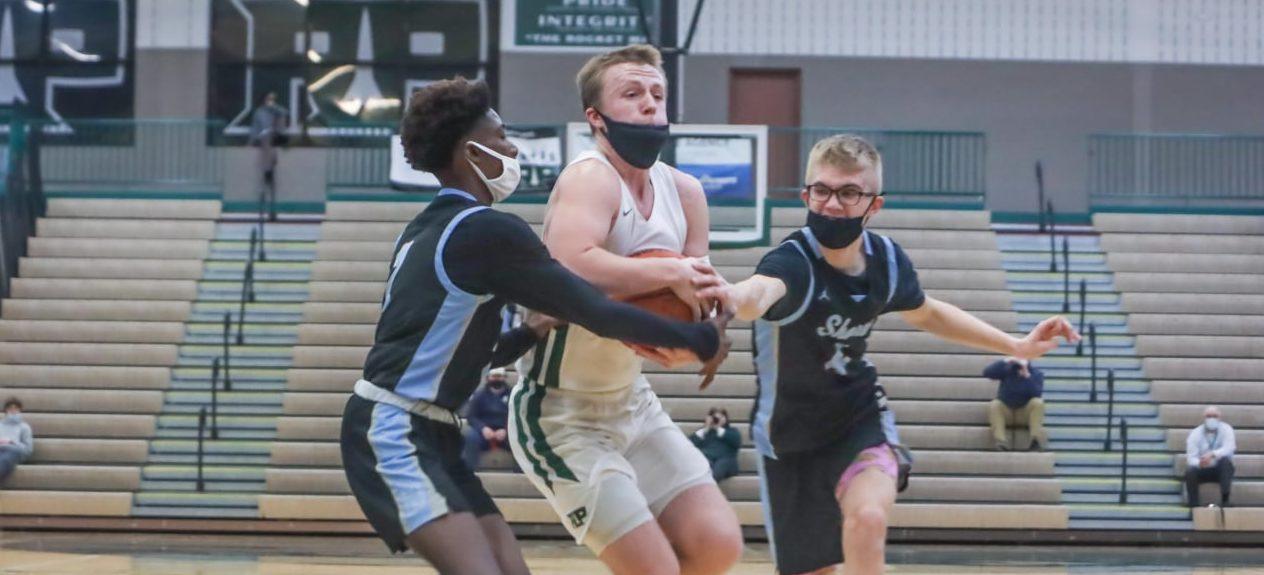 Freshman Jaxson Whitaker nets 16 points, helping Reeths-Puffer boys basketball team slip past Mona Shores 44-39