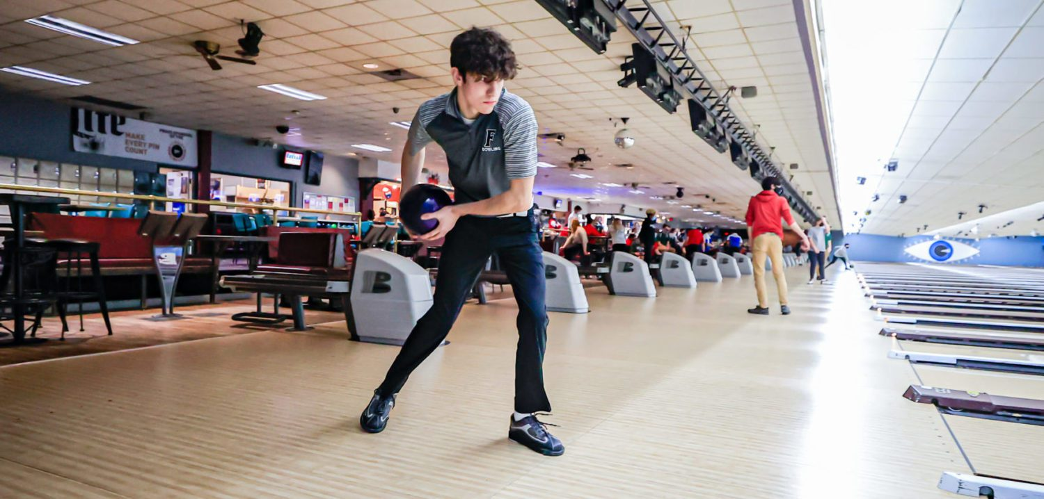Highly-motivated Cameron Weaver, Fruitport teammates ready to defend their individual and team GMAA bowling titles